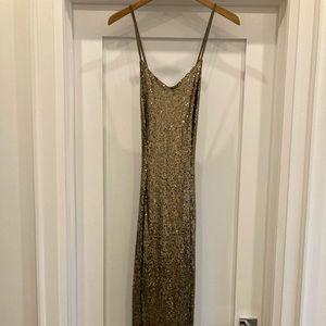 MISSGUIDED formal floor length gown